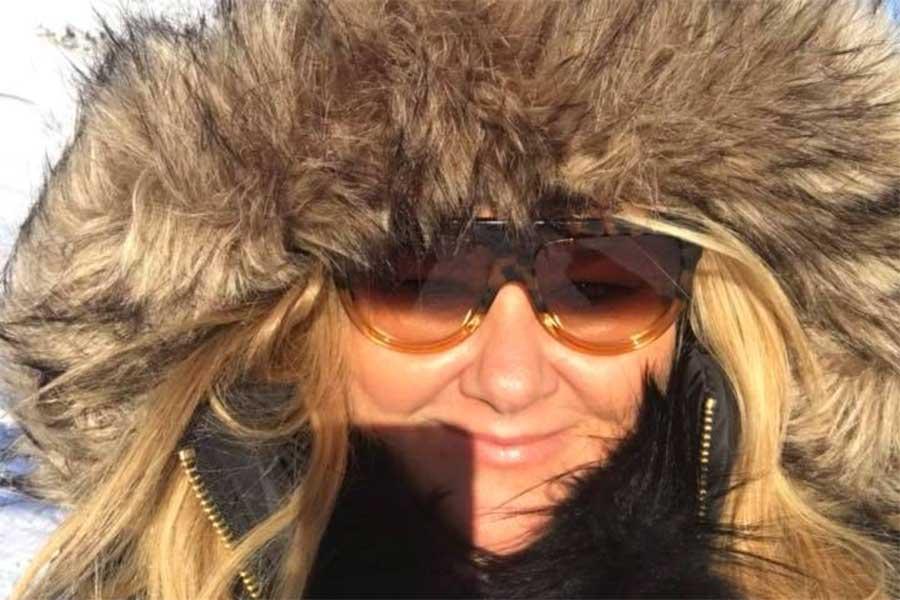 Zoe WLHA snow