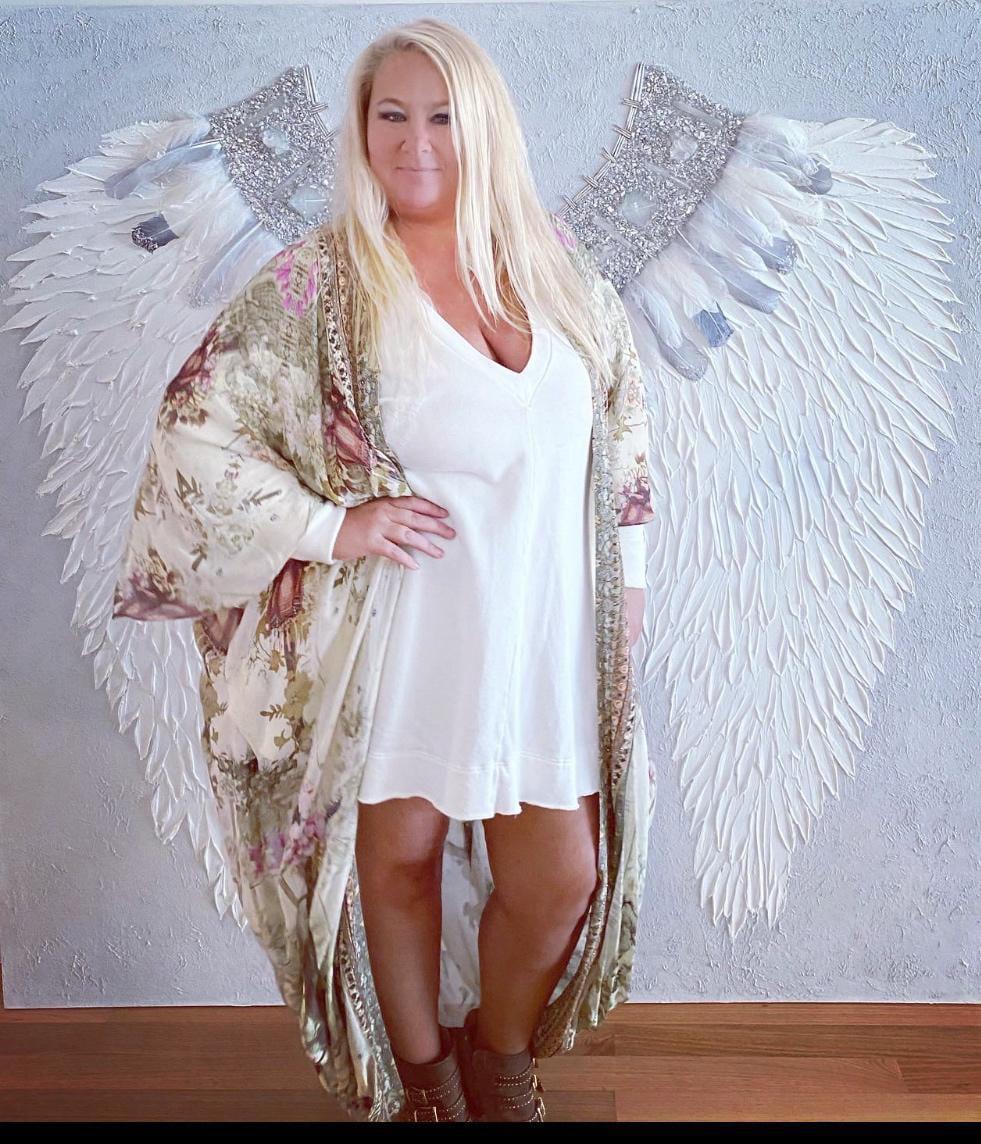 Zoe angel wings